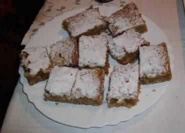 Posni kolač od jabuka i oraha
